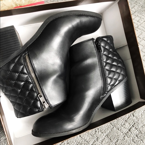 Mia Shoes - Black Tufted Ankle Booties